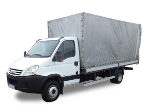 iveco-daily-pick-up-skrzynia-plandeka-wynajem-300x222